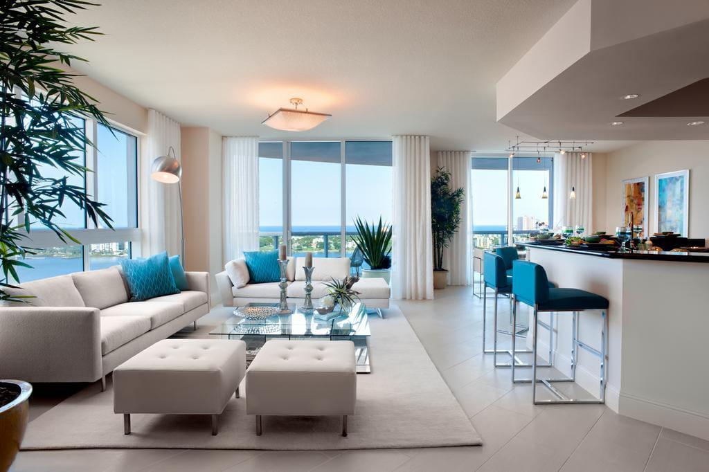 Marina Grande Daytona Suite Living Area