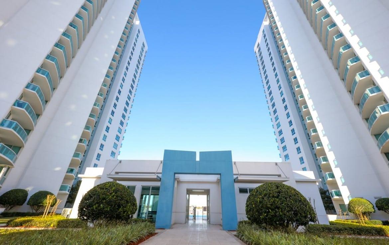 Marina Grande Daytona Building Exterior