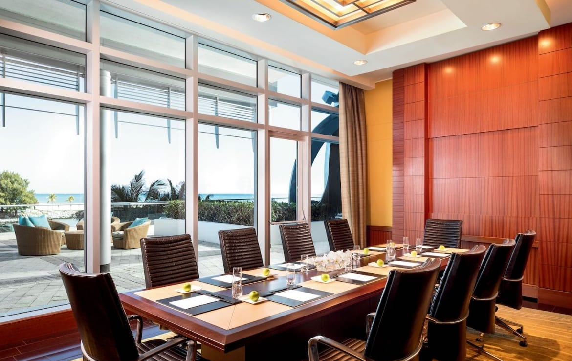 The Ritz-Carlton Residences One Bal Harbour Business Lounge