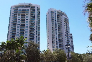 The Parc at Turnberry apartments for sale and rent