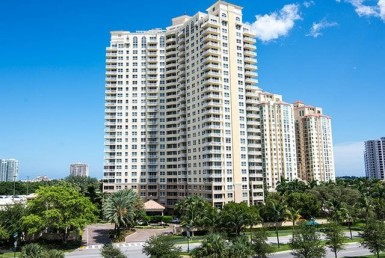 Turnberry on the Green apartments for sale and rent